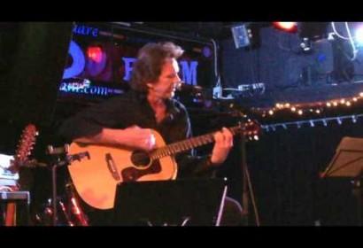 "Anton performs ""Star Child"""
